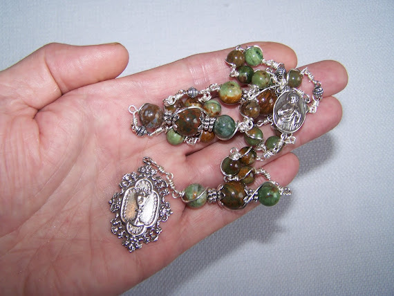 No. 110.  Chaplet of The Mother Of The Most Holy Eucharist