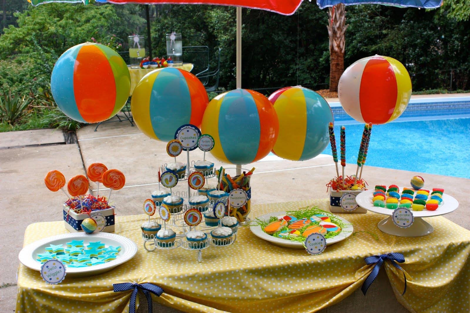 Pluff mudd studio splish splash for Pool and food