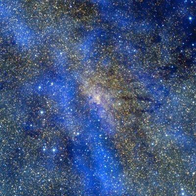 Composición de color de la región central de la Vía Láctea