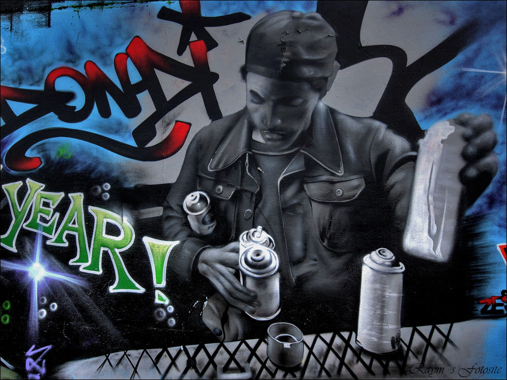 Graffiti People Wallpaper Modern Style