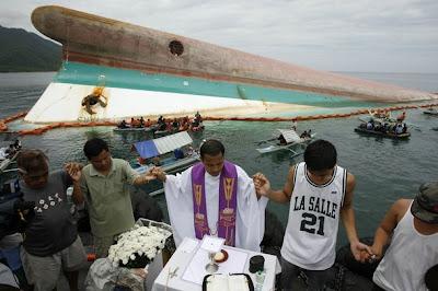 10 Kecelakaan Kapal Laut Terbesar Di Dunia [lensaglobe.blogspot.com]