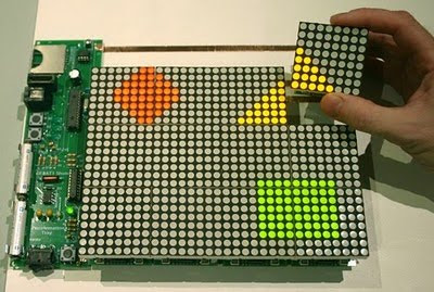 PIC based Animation Tile Display, Display, LED, project, PIC, PIC24FJ64GA002, animation, puzzle