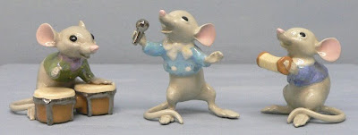 sing mice, singing mice, mice cartoon, mickey mouse dance, mickey mouse singing