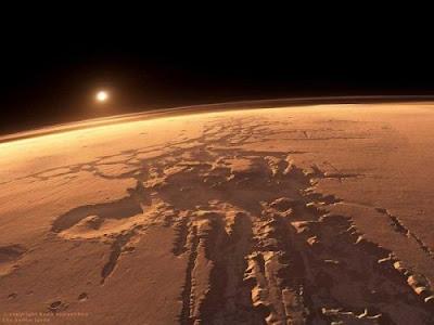 serveying red planet, red planet, orbiter mars global surveyor, mars in 1997, gigantic asteroid, Phoenix Mars Lander, ice mars