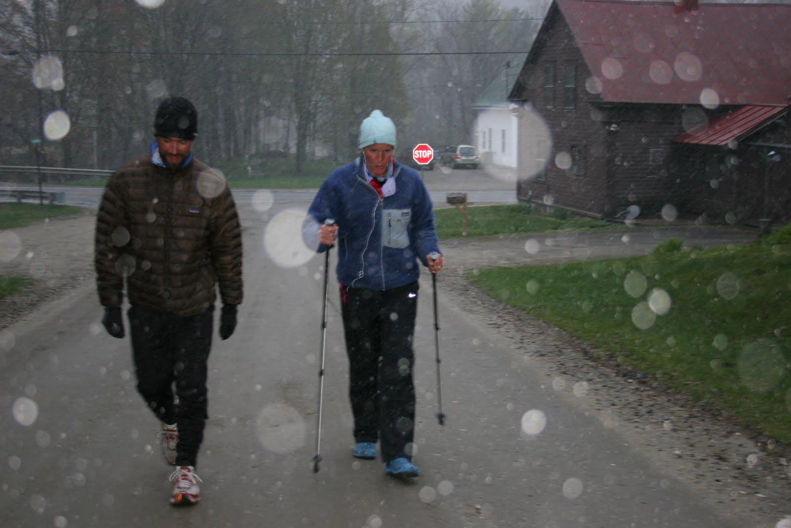 http://4.bp.blogspot.com/_Vfr7RvGSUAc/S9yikdpEKxI/AAAAAAAADLQ/hlnCv0IWv1s/s1600/VT_snow_w_spud.jpg