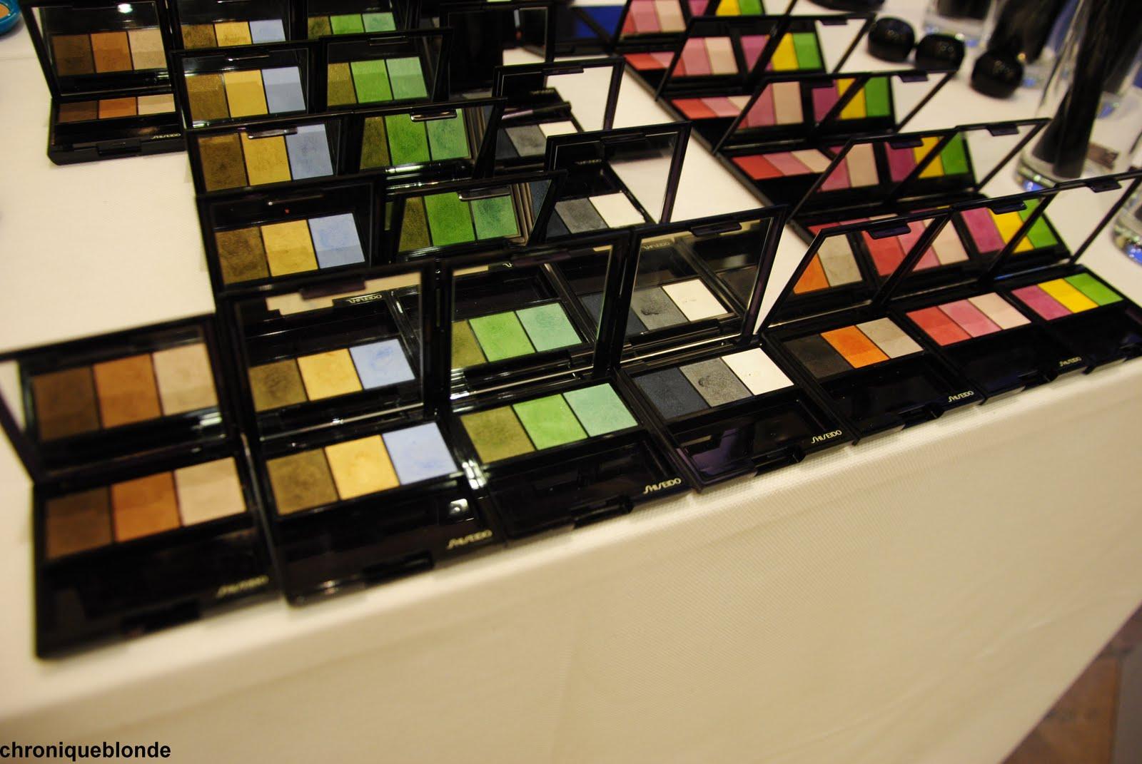 De Doux Et Orange Ombre ShiseidoLes Avec Noir Make Up Trio Eclat 2WE9HDYI
