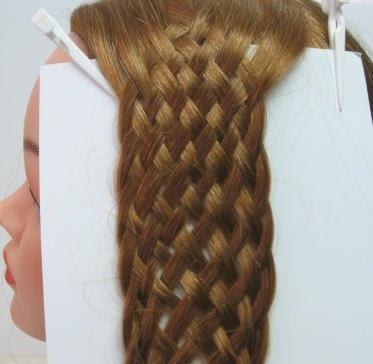 Pincha aquí para hacer está trenza romántica para cabello largo