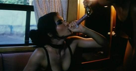 [actress_hot_movie_scene_9.jpg]
