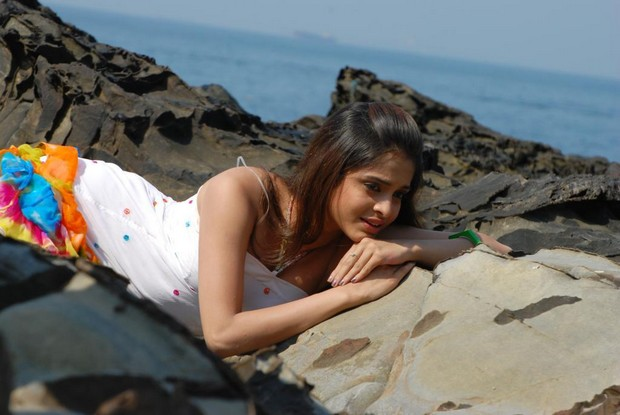 Hot South Actress Sheena Shahbdi, Hot South Actress Sheena Shahbdi Photoshoot, Hot South Actress Sheena Shahbdi Sexy Video, Hot South Actress Sheena Shahbdi Sexy Movie Clip, Watch Hot South Actress Sheena Shahbdi Hot Movies Online