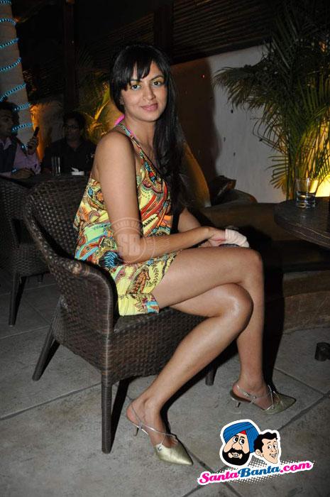 Indian Actress Kavita Kaushik in Sexy Mini Skirt at her Birthday