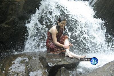 Tamil Movies - Deva Leelai Hot Stils Photo GalleryDeva