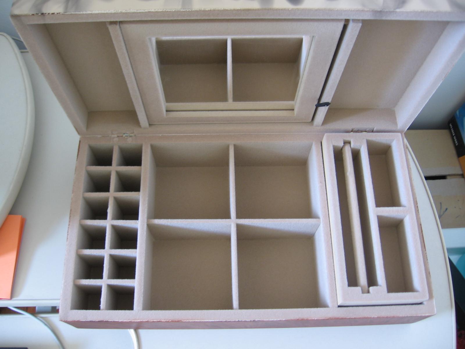 Maktub artesanato e decoração: Caixa de madeira #7D5B4E 1600x1200