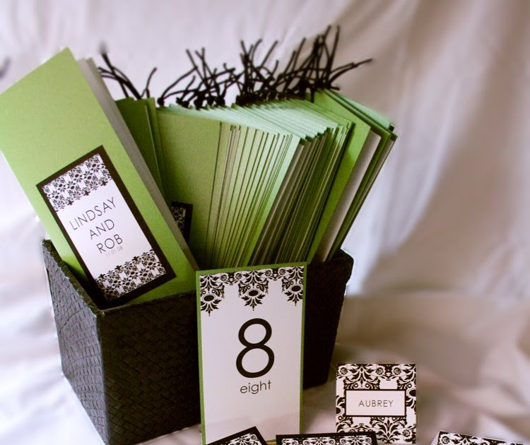 damask accents in green - photo #28