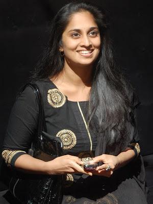 telugu cinema news tamil former actress shalini new photos