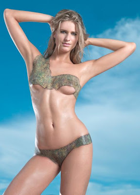 Julie Henderson Celebrity Bodypainting Sports Illustrated Swimsuit