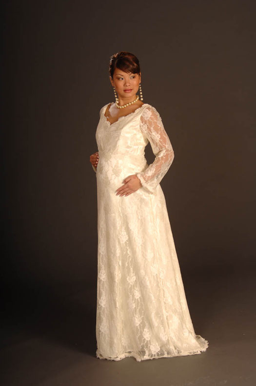 what wedding dresses the pregnant women Having to deal with the choice of a wedding dress has become even more  difficult when you celebrate two events at the same timewhen the bride is.