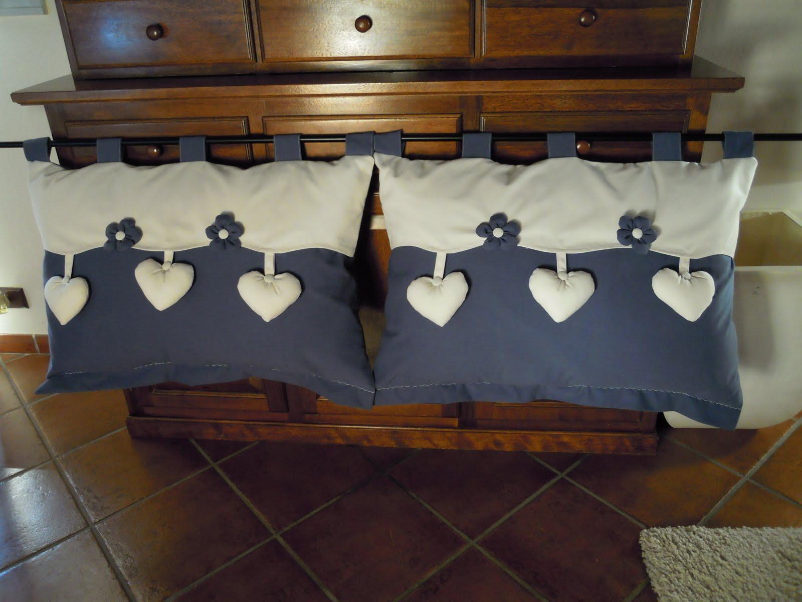 Country the blue dog sartoria d 39 interni testata del letto in tessuto - Testiera letto fai da te cuscini ...