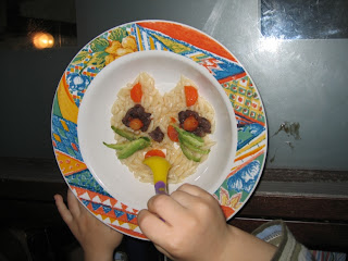 Çocuklara süslü yemekler