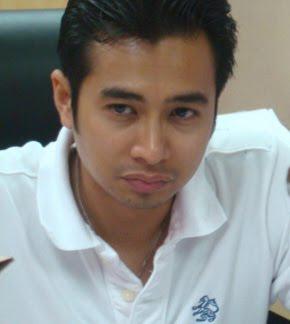 Encik Wan Azmir Wan Majid (Bangsa Melayu)