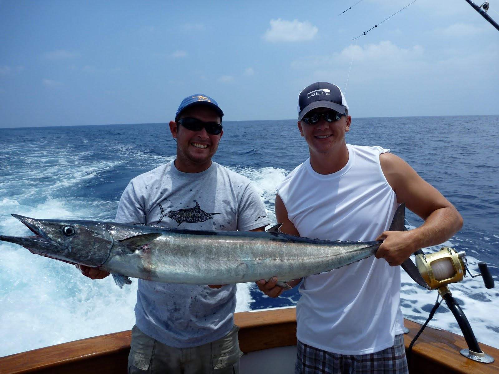 Kona hawaii sportfishing blog 5 31 10 kukio crew for Kona fishing charters