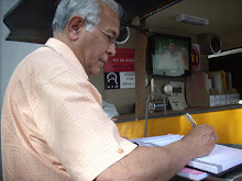 Central Chief Information CommissionerShri Wajahat Habibullah VISIT RTI on Wheels