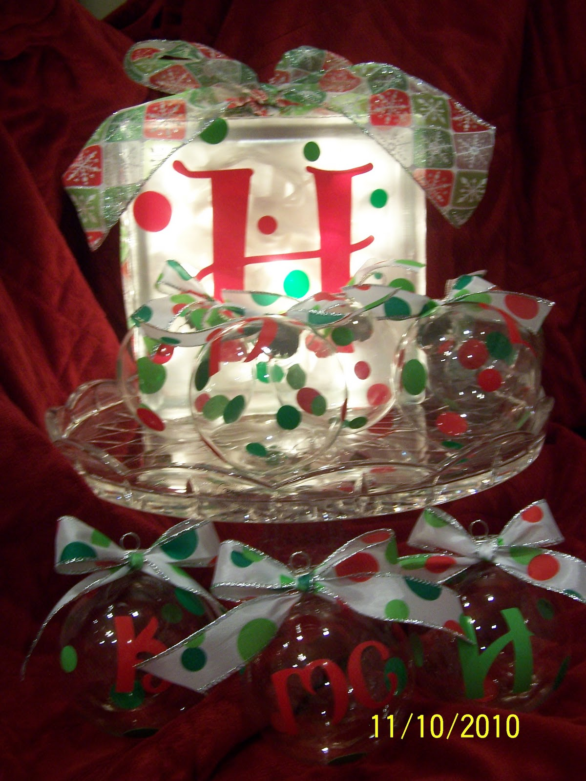 but cute christmas ornaments for all my nieces and nephews they turned out really cute so i thought i would go ahead and make a matching glass block