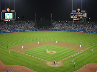 Dodger_stadium_at_night_-_september_2002