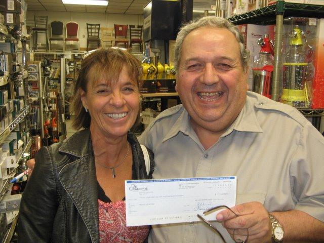 16 Septembre, 2008 - George Monas a gagné le loto?