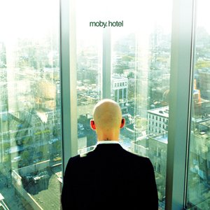 [Bild: Moby+-+Hotel.jpg]