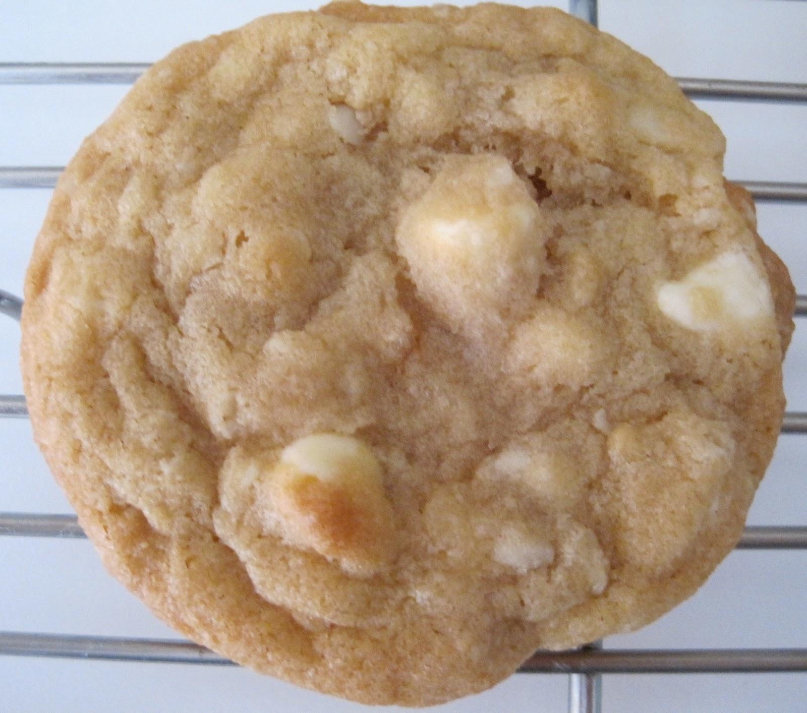 white chocolate macadamia nut bars white chocolate macadamia nut sheet ...