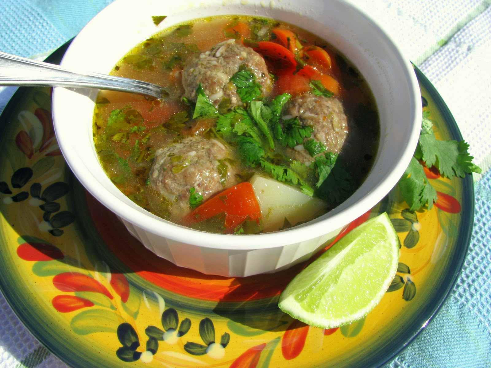 I Don't Cook, But My Boyfriend Does!: Albondigas Soup