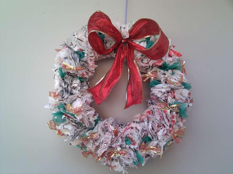 Caja de labores tutorial corona navidad for Como hacer una corona de navidad para la puerta