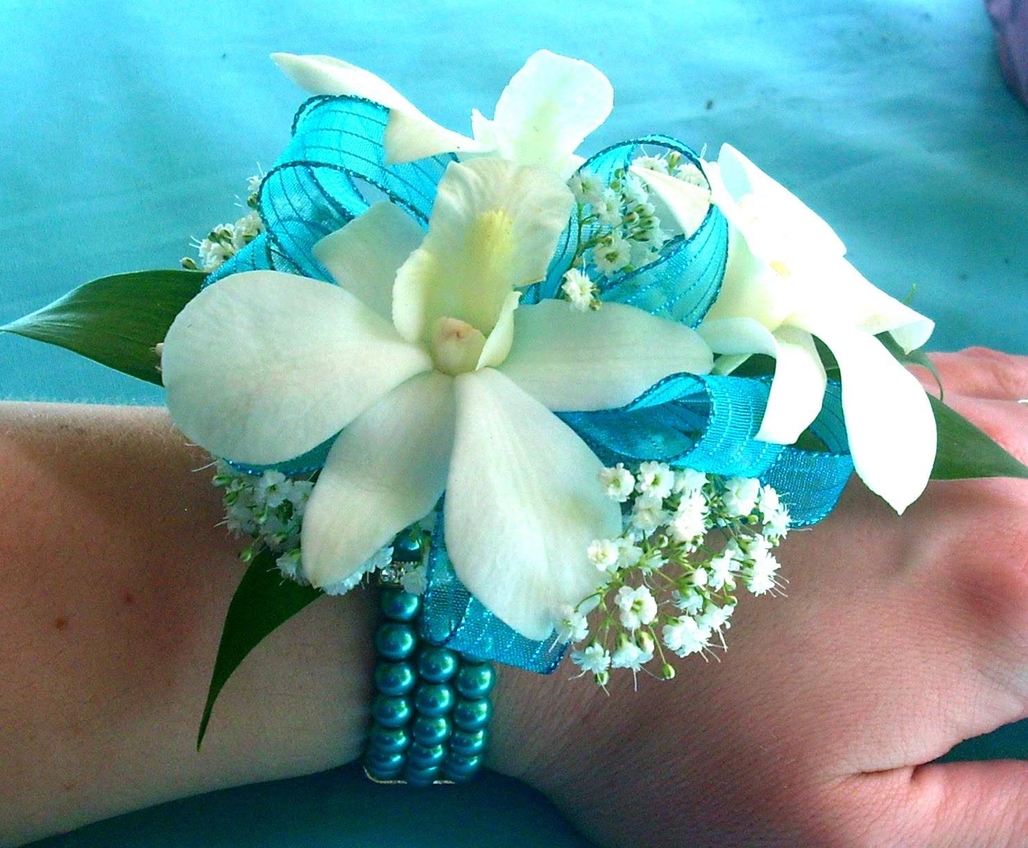 Dodge The Florist If Your Prom Dress Is Turquoise