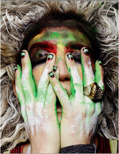 Dirty Pics Of Kesha. She always looks dirty to me,