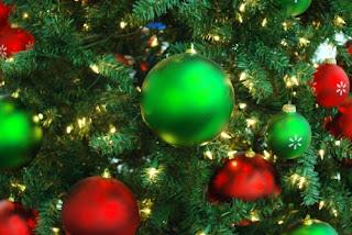 http://4.bp.blogspot.com/_Vvd_2F52PxY/TOZ1qrXxA_I/AAAAAAAAAYk/oRHe-2GOtHE/s320/Christmas+Cheer.jpg
