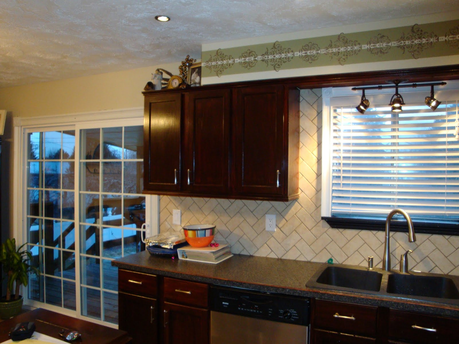 Tickled Pink Kitchen Remodel All For Under 3 000
