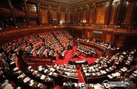 Ecco quanti sono i politici italiani dati e stipendi for Lista politici italiani
