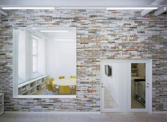 Un mur de magazines