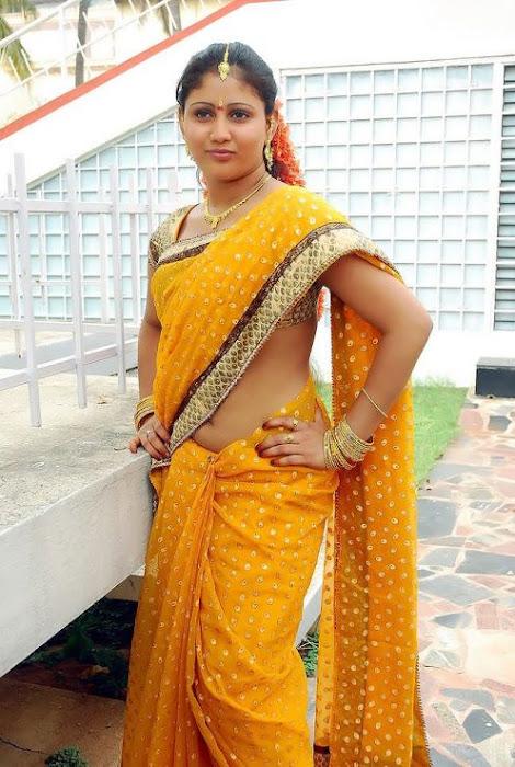 heroine amrutha valli saree latest photos