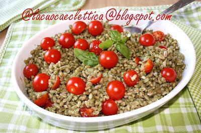Farro al pesto e pomodorini di Pachino