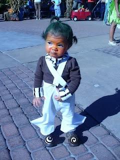 avi funny girl  halloween costumes picture 15 Halloween Costume ideas - lol