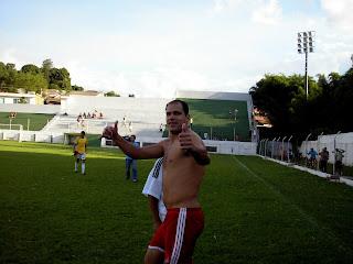 Thiago 'Leitao' empatou o jogo e vibrou com a equipe do Mogiana na Final
