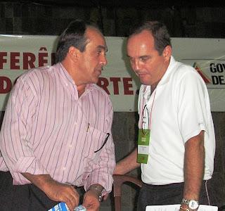 Jurista Rodrigo(E) e Profº Silvio Faria