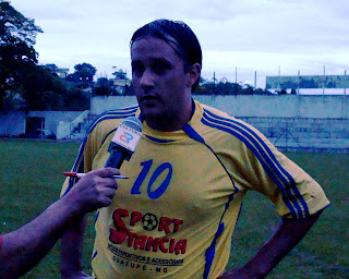 Hebinho, com a marcação de mais um gol é artilheiro !