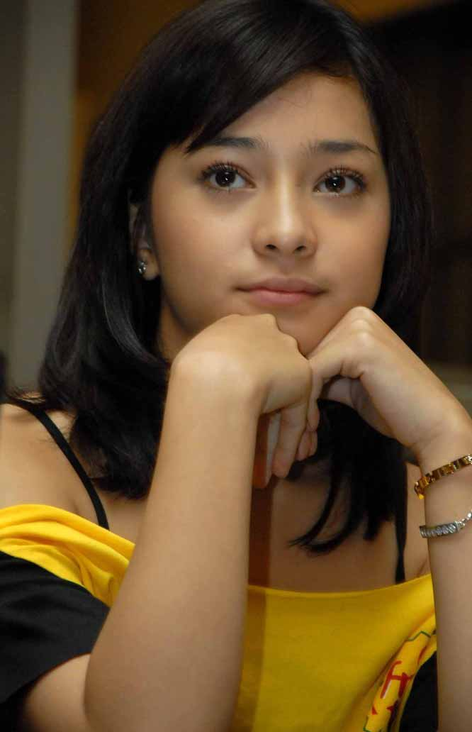 My Biodata, Photos, News: Nikita Willy Sexy Girl Beautiful ...