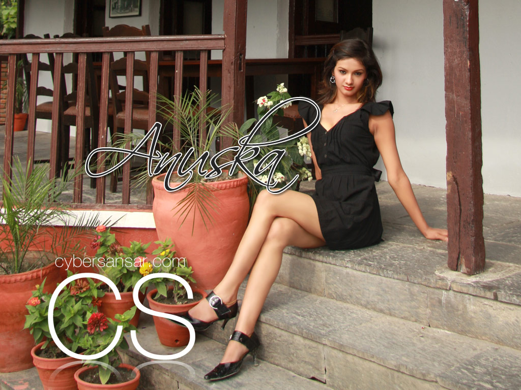http://4.bp.blogspot.com/_W0Lyfv0FKd4/THzeIljTS6I/AAAAAAAADJg/5YYTXbPvKeE/s1600/anuska_17373135.jpg