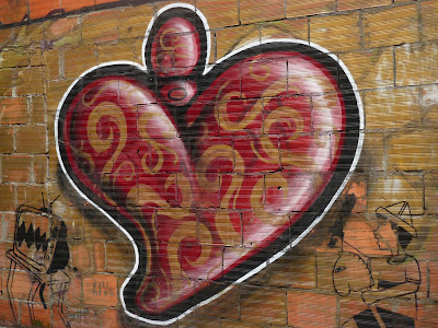 Grafiti numa rua do Porto