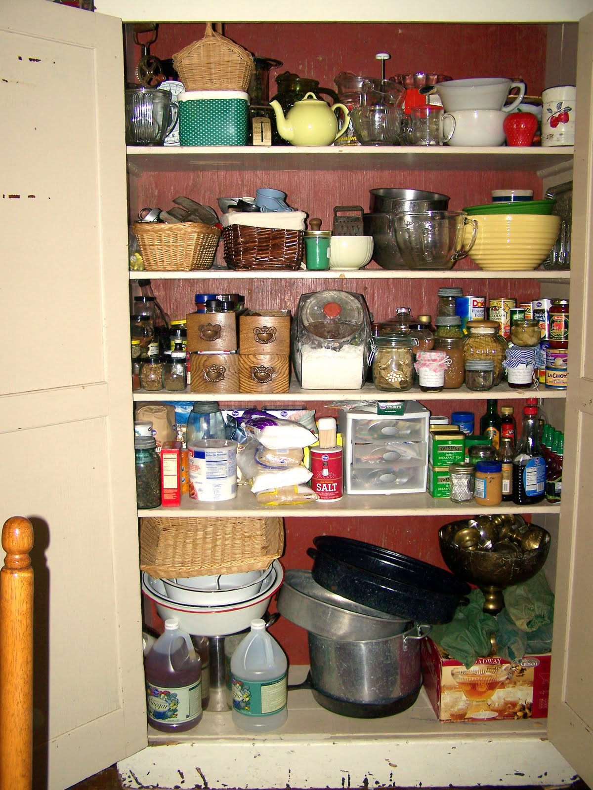 Kitchen CabiPantry Design Ideas
