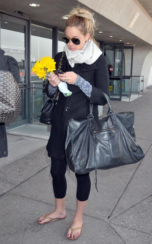 Pin by @katriahlman on My Style   Balenciaga bag ...