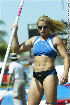 Atletismo, Salto con pértiga